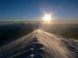 Lever de soleil sur le sommet du Mont Blanc